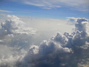 a-blue-sky-as-i-fly-to-vietnam-from-4f-window-seat-01