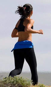 large_womanrunning a