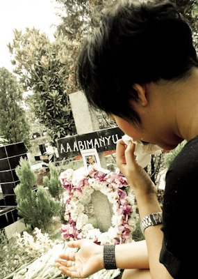 Second day visiting Alex Abimanyu's grave